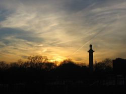 Fort_greene_monument_sunset